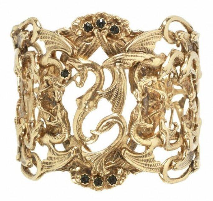 Brazalete en oro para novia con incrustaciones de pedrería - Foto Virgins Saints & Angels