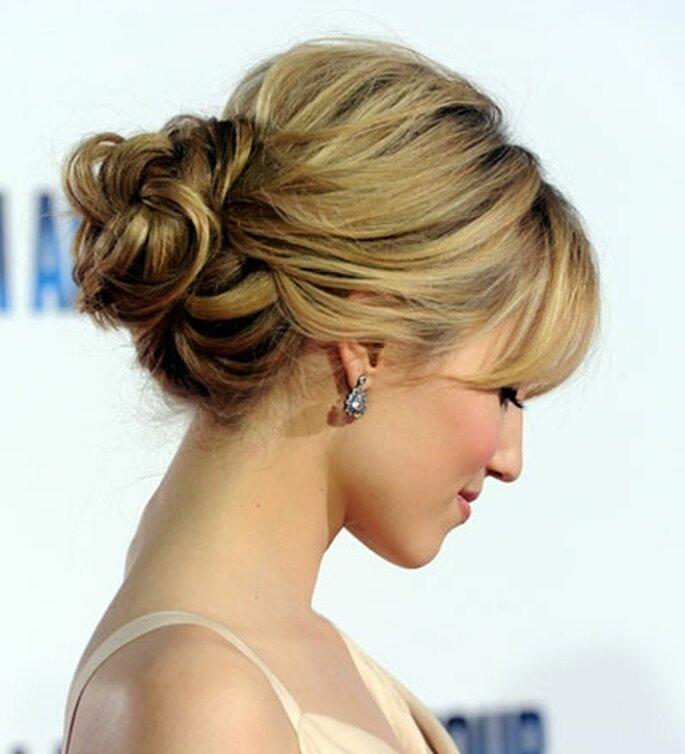 L'actrice Keira Knightley coiffée d'un chignon bas très chic