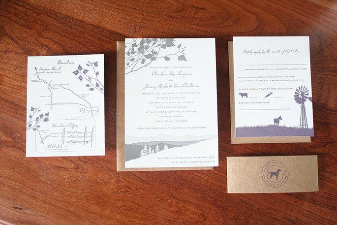 Invitaciones de boda estilo rústico. Foto: Sarah Parrot