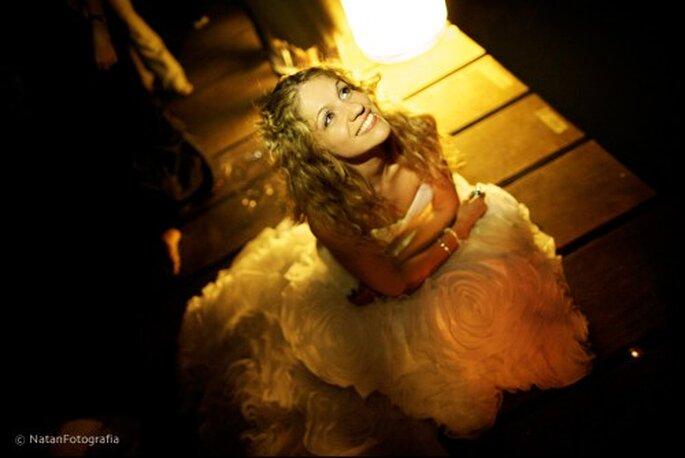 Fotografía del vestido de novia el día de la boda. Imagen Natan Fotografía