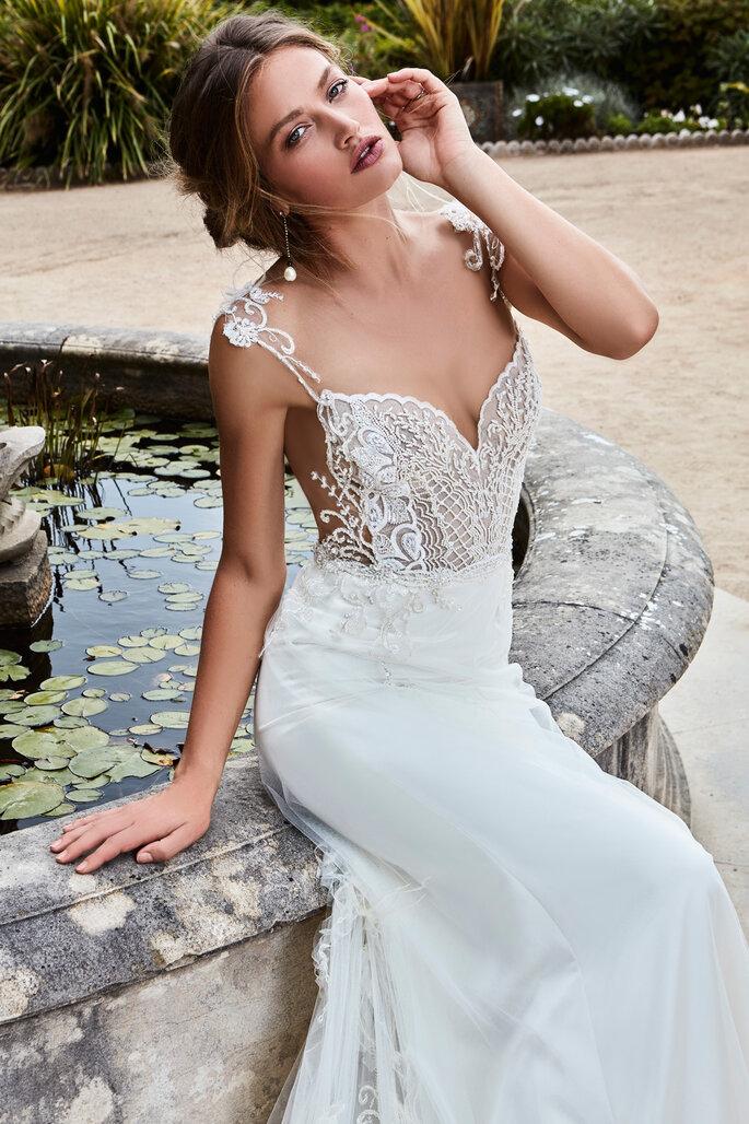 4b7f17733 El encaje más sensual  descubre los vestidos de novia Games of Lace ...