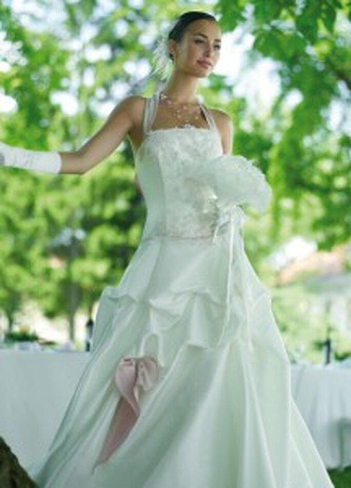 450e3fdde12 Robes de mariée Point Mariage 2010