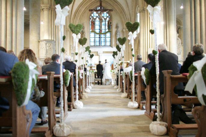 Edle hochzeitsdekoration f r die kirche for Edle dekoration