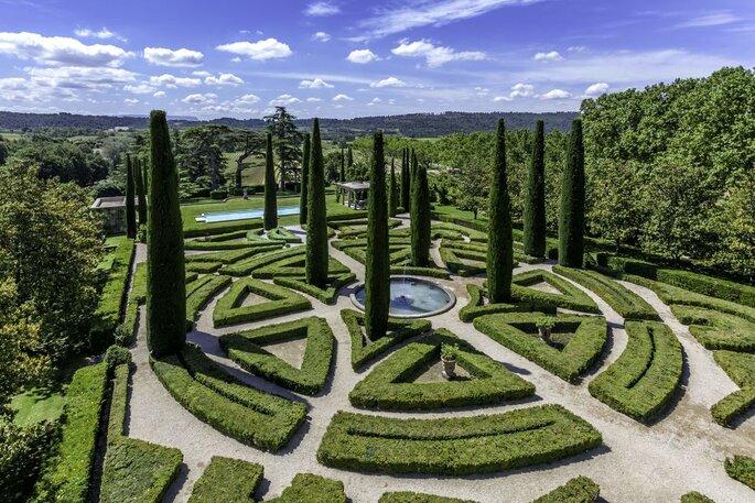 Jardins à la française originaux d'un château