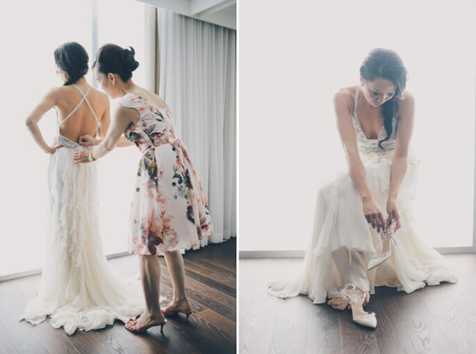 Wedding with glimmering gold details. Photo: Mango Studios