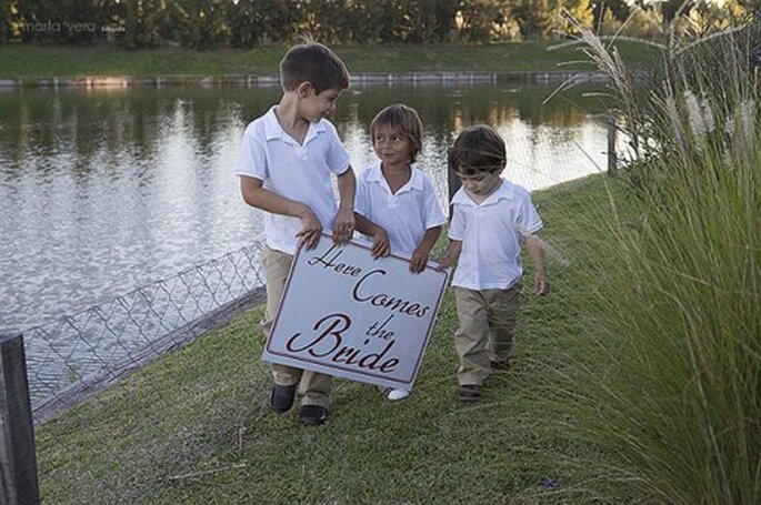 Kinder auf der Hochzeit - Sie entscheiden. Foto: Marta Vera