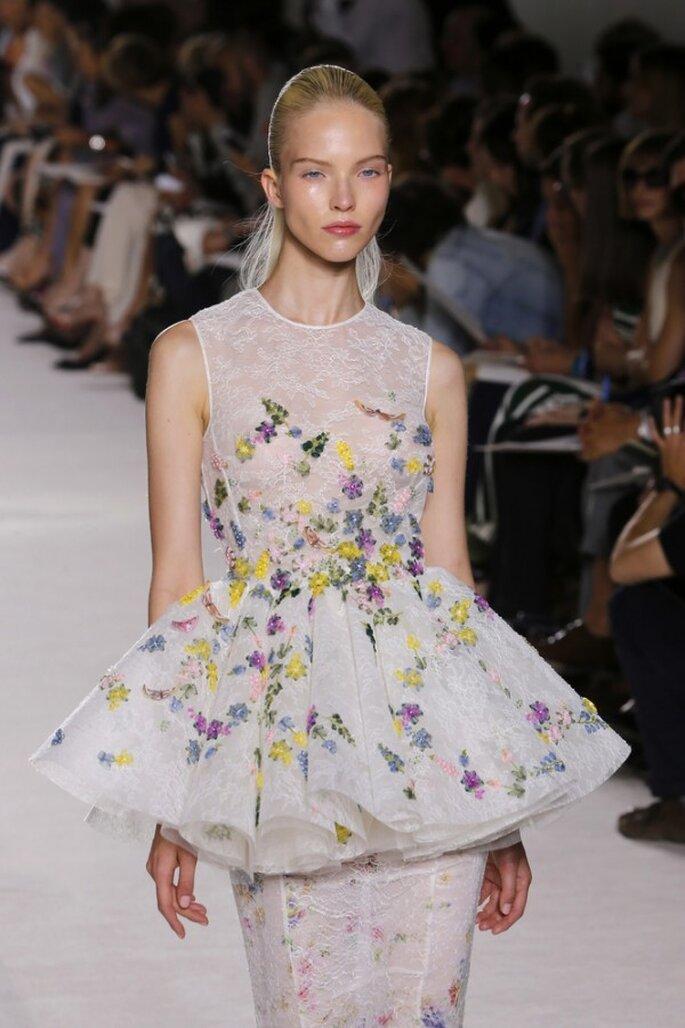 Vestidos de novia poco convencionales para las más fashionistas - Foto Giambattista Valli
