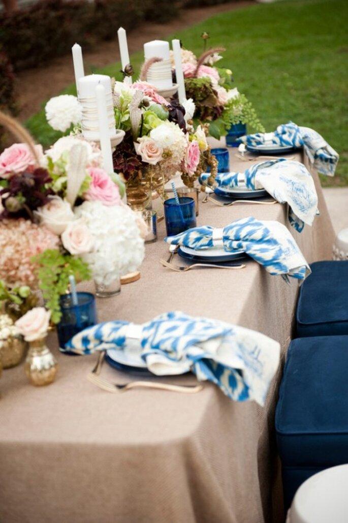 Boda con decoración en azul ceruleo - Foto Aislinn Kate Photography