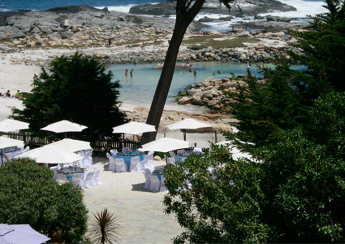 Club El Tebo realiza bodas junto al mar en Horcón.