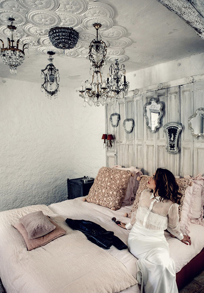 Les Bonnes Joies - l'une des cinq chambres des Bonnes Joies élégamment décorée