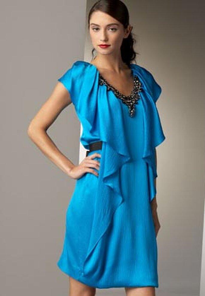 Elegante vestido de Neiman Marcus en color turquesa