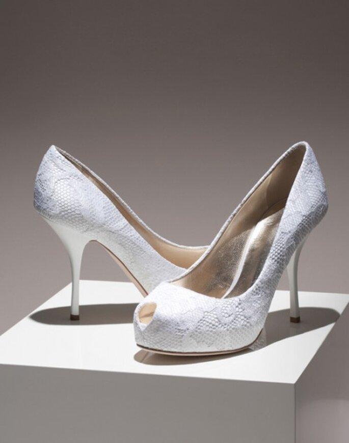 Zapatos de novia con encaje blanco - Foto Giuseppe Zanotti