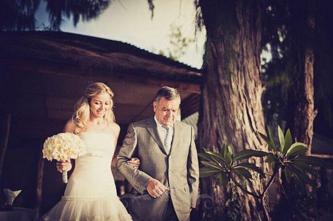 Emotion garantie pour le père de la mariée le Jour J - Photo : Fran Russo