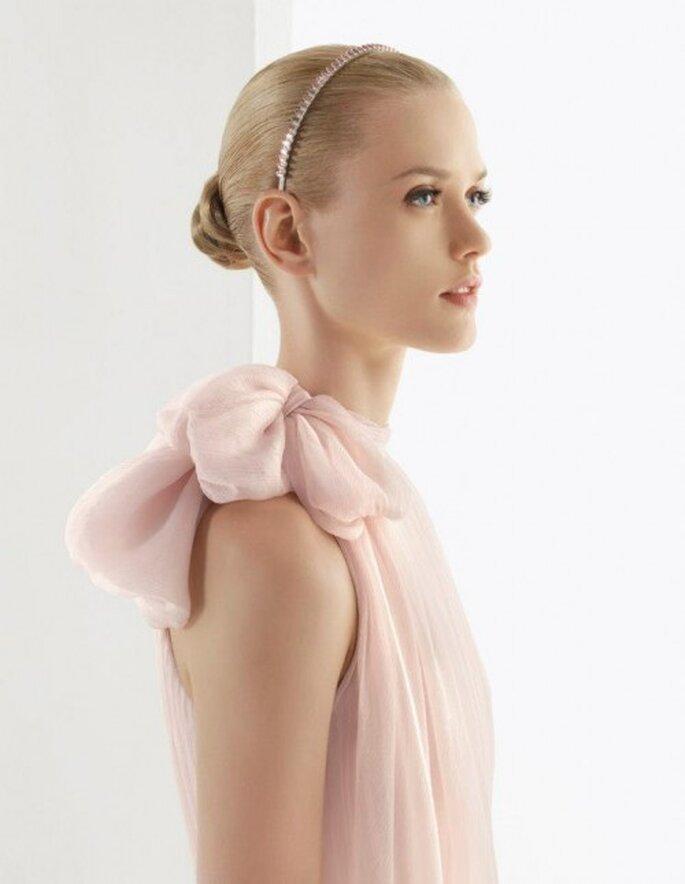 Vestido de novia en color rosa pastel Modelo Bosco - Foto Rosa Clará