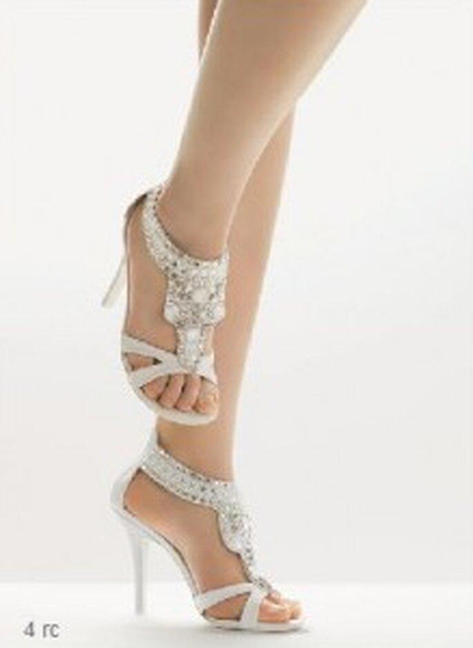 Sapatos de Noiva Rosa Clará 2011 - sapatos de salto alto abertos decorados com pedras