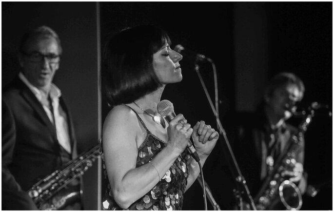 Jazz en Fêtes - un show rassemblant divers musiciens et une chanteuse