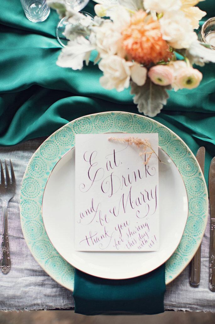 decoración de bodas en color menta - Peaches And Mint