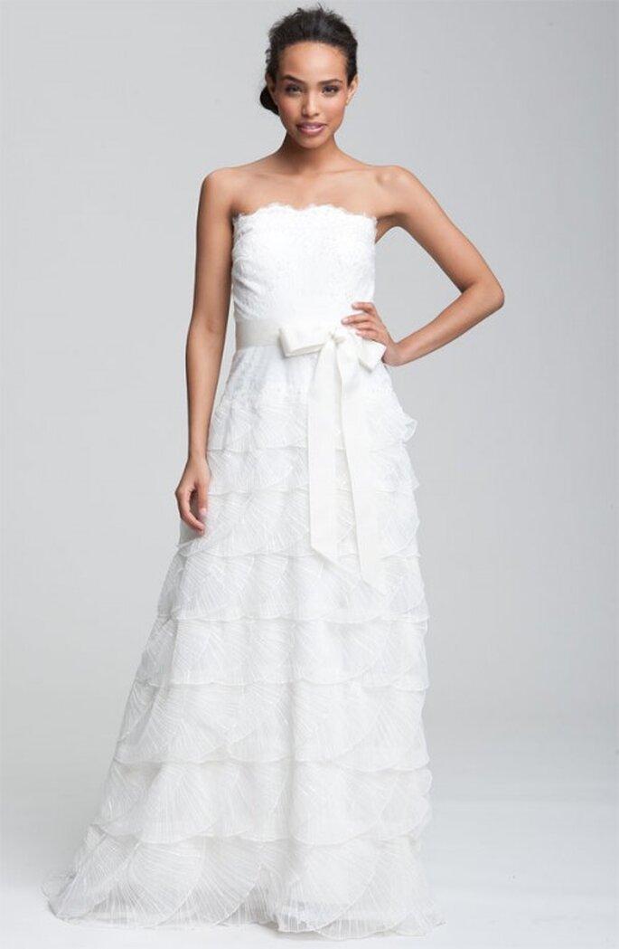 Sencillo y elegante cinturón para vestido de novia - Foto Nordstrom
