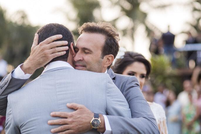Abraço noivo