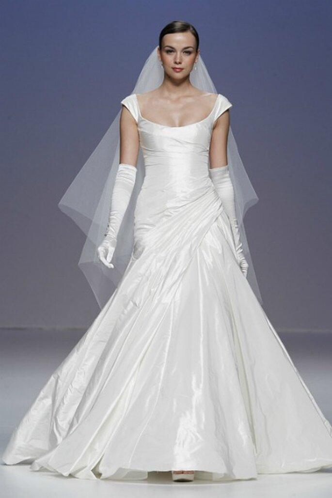 Robe blanche Élégante - Cymbeline collection 2012