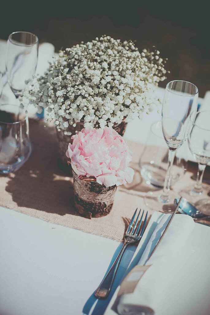 mini-compositions-florales-gypsophile-pivoine-decoration-mariage-organisation-mariage-provence-marseille-cassis-vaucluse