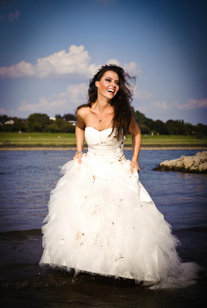 Trash the dress - 'Dreckige' Hochzeitsfotos von Monique Zöllner