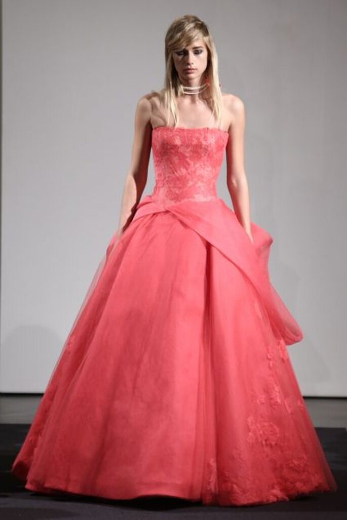 Vera Wang Fall Collection 2014: vestidos de novia en tono coral