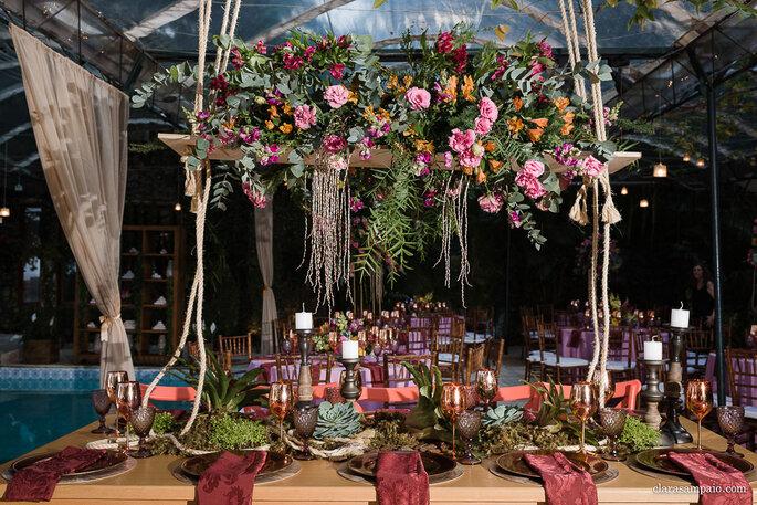 mesa dos convidados com estilo moderno