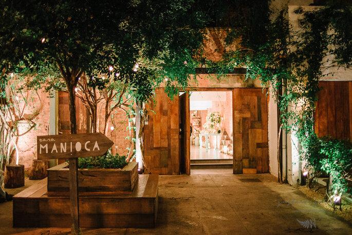 Decoração rústica e excelente gastronomia são destaque deste espaço