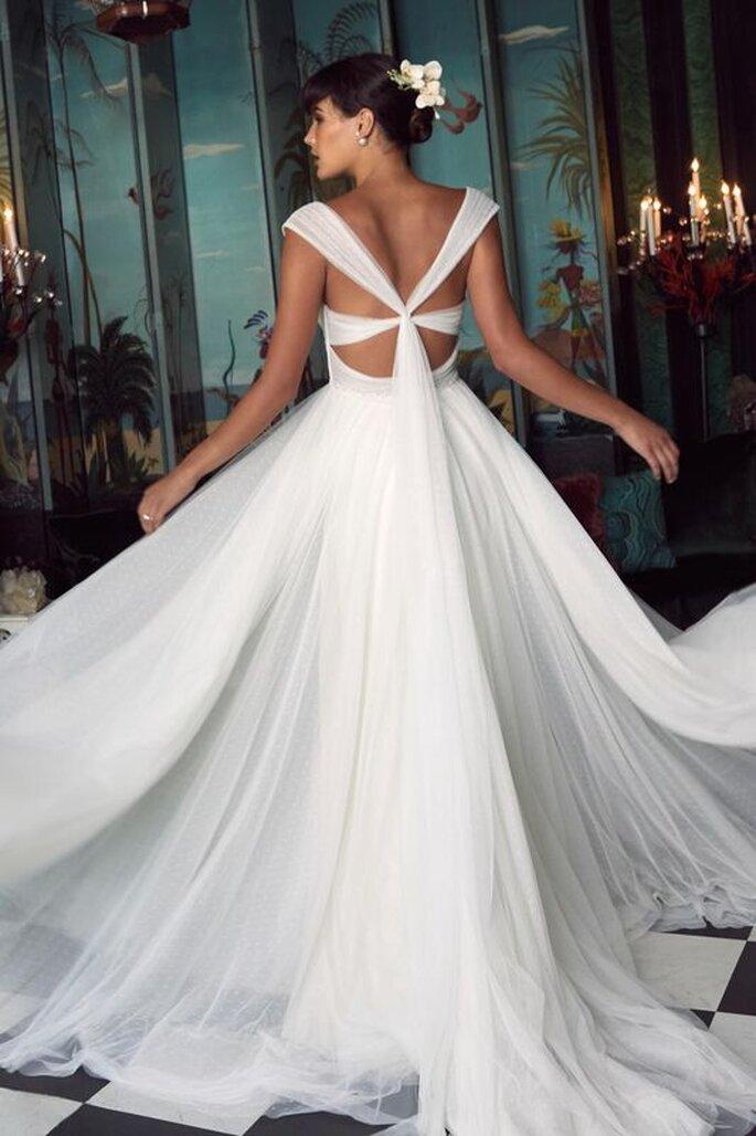 Le Fate Milano - abito da sposa con scollo intrecciato schiena