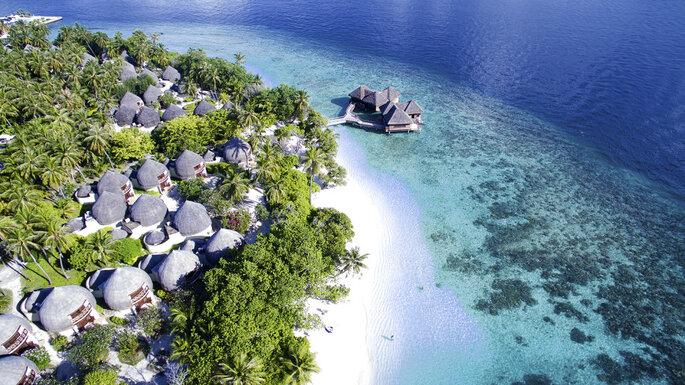 Los mejores hoteles para tu luna de miel en las islas maldivas for El mejor hotel de islas maldivas