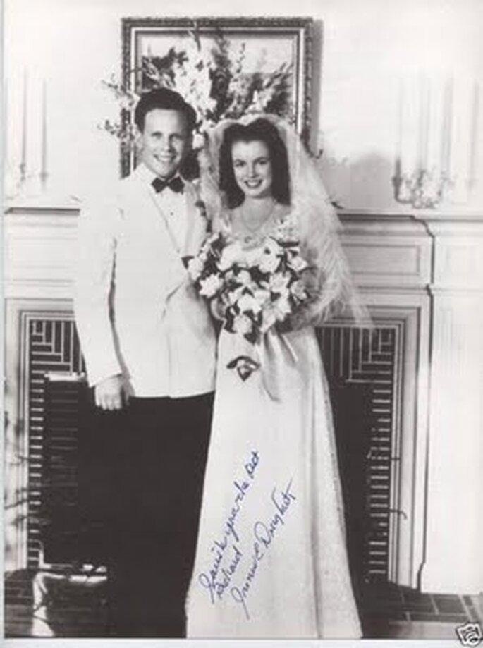 O seu primeiro casamento em 1942 com Jimmy Dougherty.
