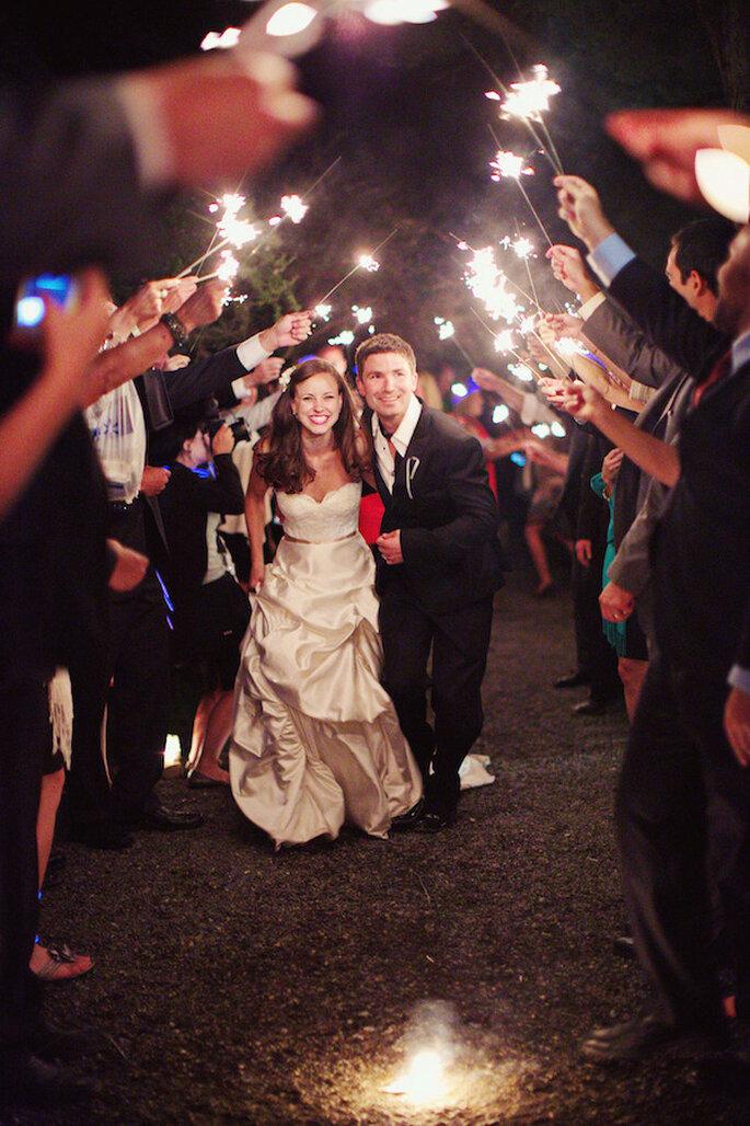 Luces de bengala en tu boda - Foto Gem Photo
