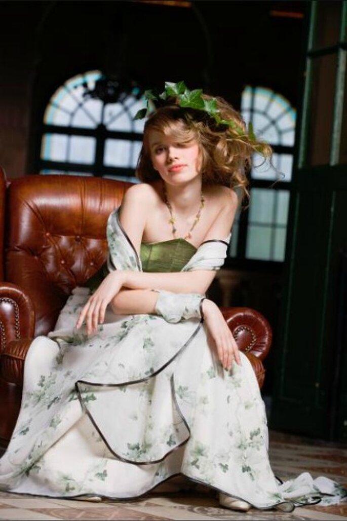 Robe de mariée Zélia sur la Terre comme au Ciel, modèle Elfy