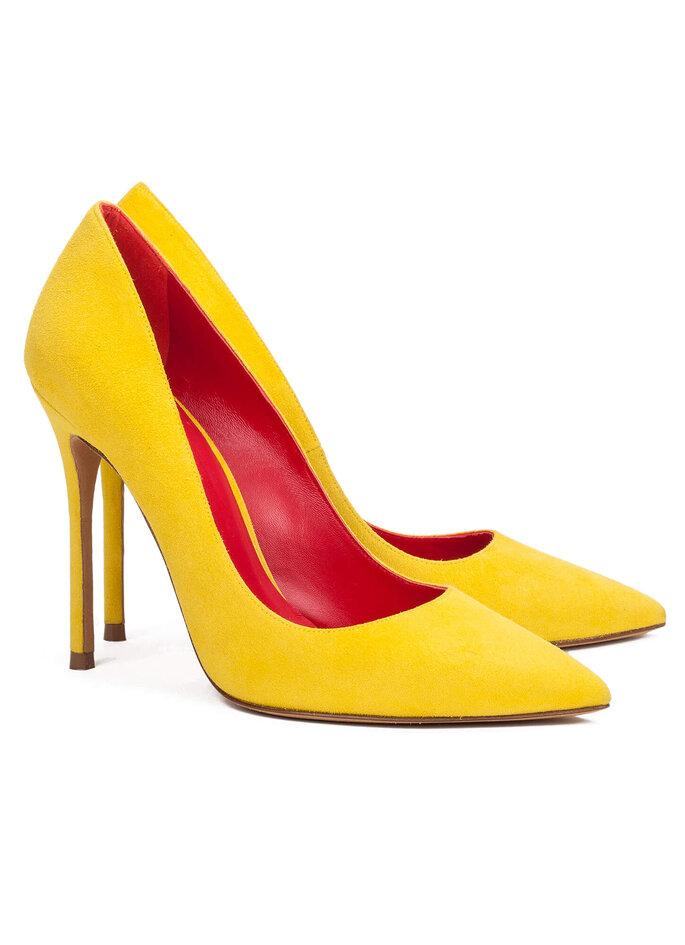Zapatos de salón amarillos