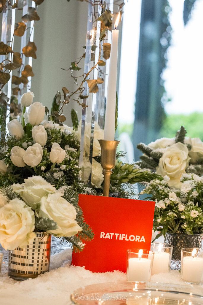 Rose bianche e dettagli delicati per RattiFlora