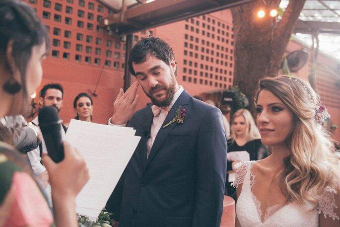 Noivo se emociona com o discurso da Isa casamenteira