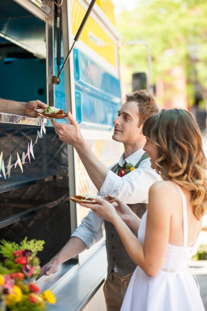Food Truck en tu banquete de boda - Foto Lily Red Studio