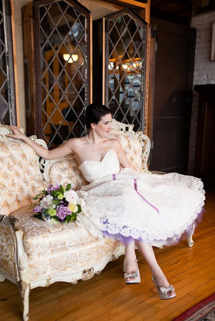 Enaguas de encaje coloridas para tu boda. Foto: www.stephaniejamescouture.com