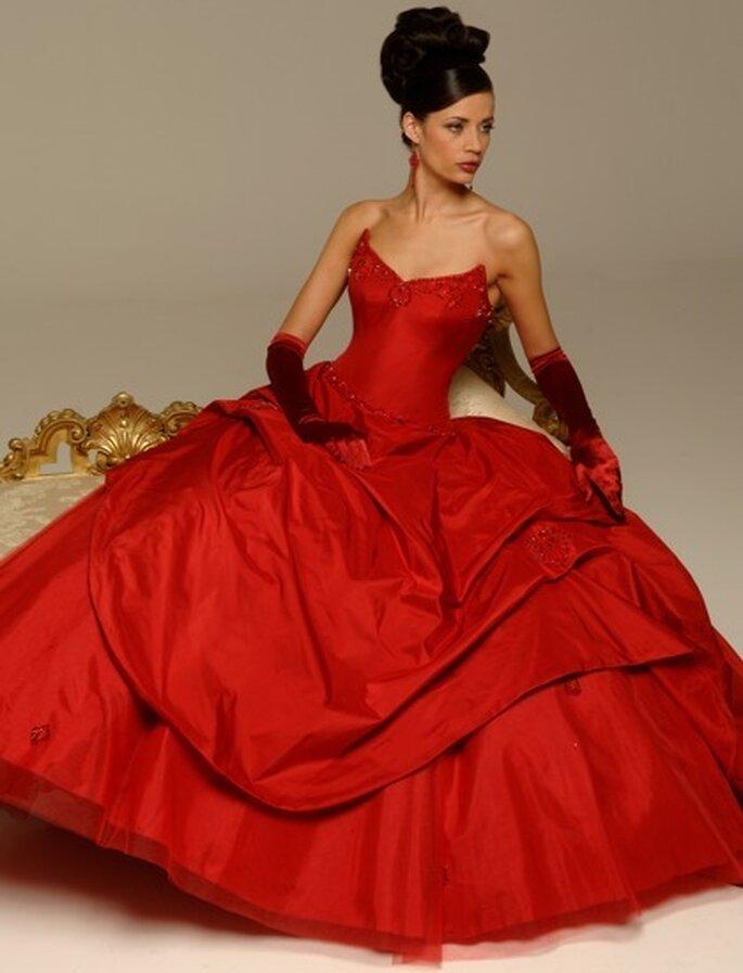 Vestidos de Noiva vermelhos - Allure Bridals