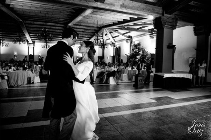Los novios bailando - Fotografía: Jesús Ortiz