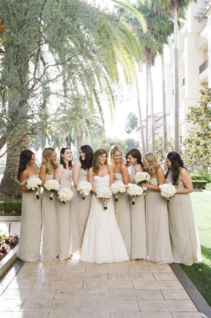 Inspiración para decorar tu boda en colores neutrales - Foto Braedon Flynn