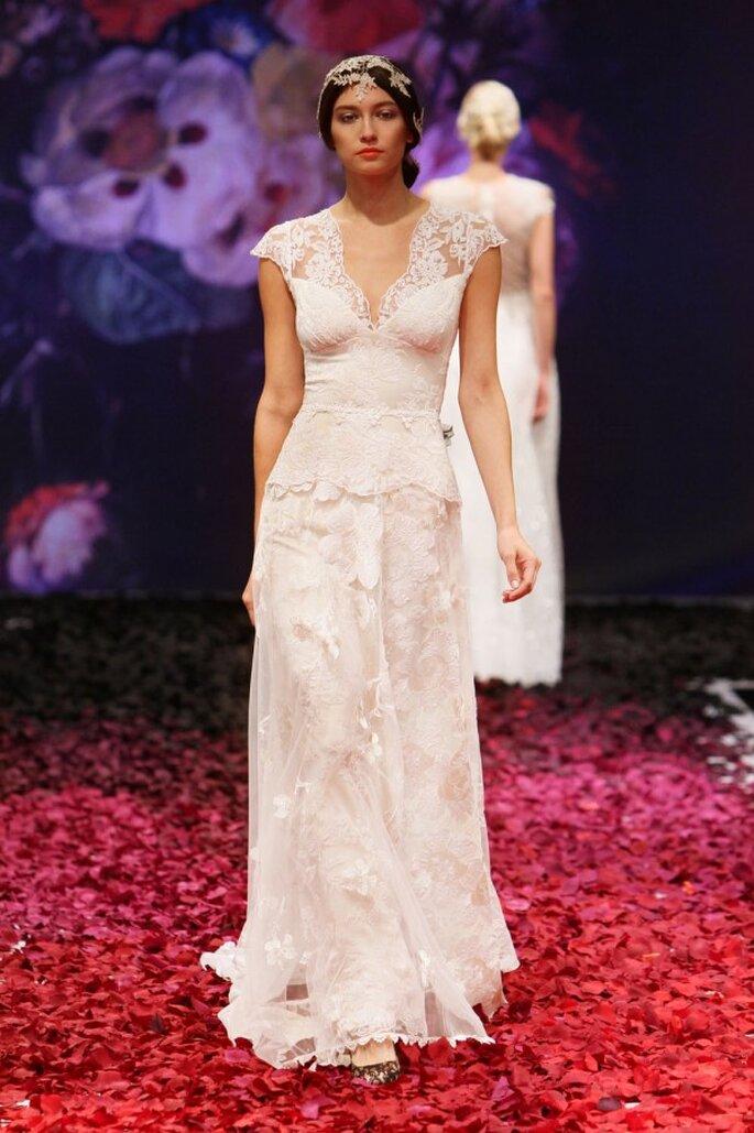 Vestido de novia 2014 de Claire Pettibone con mangas cortas