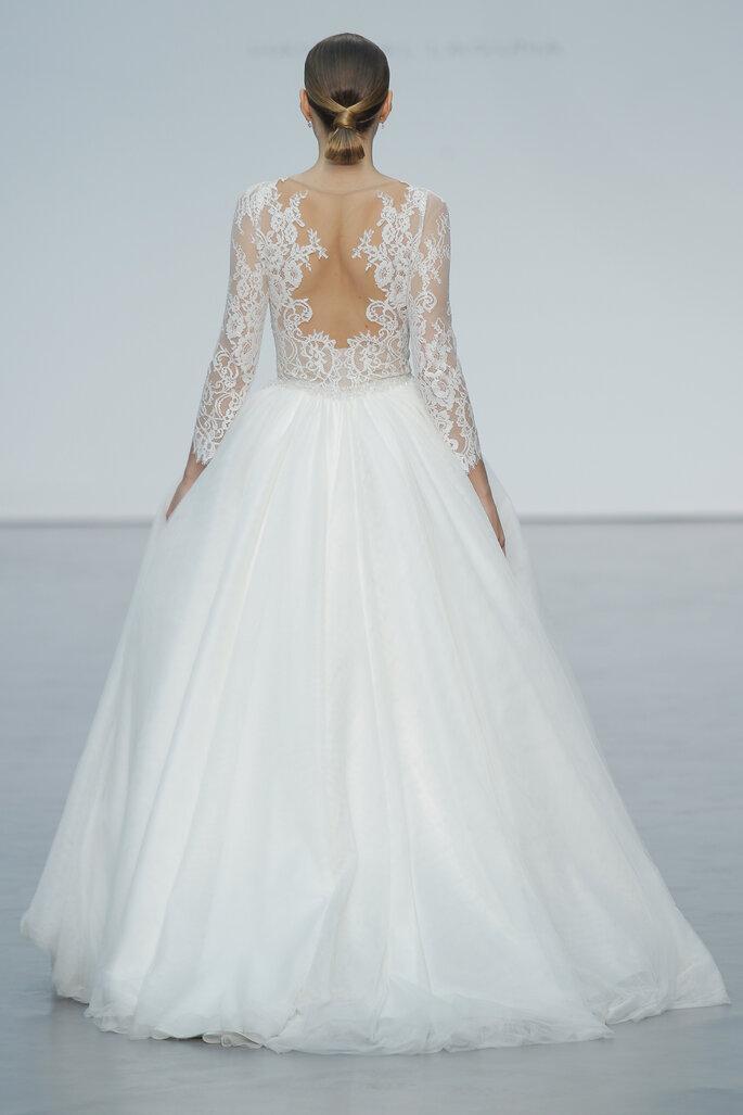 Brautkleider mit Rückenausschnitten