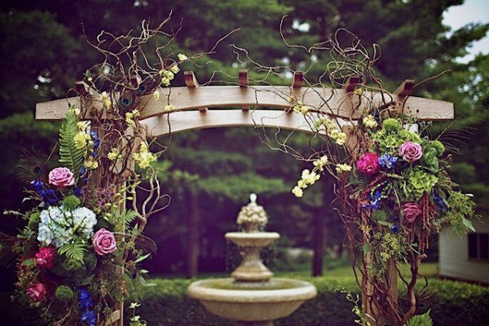Beautiful altars for a religious ceremony - Ambiance Chic Weddings Designs
