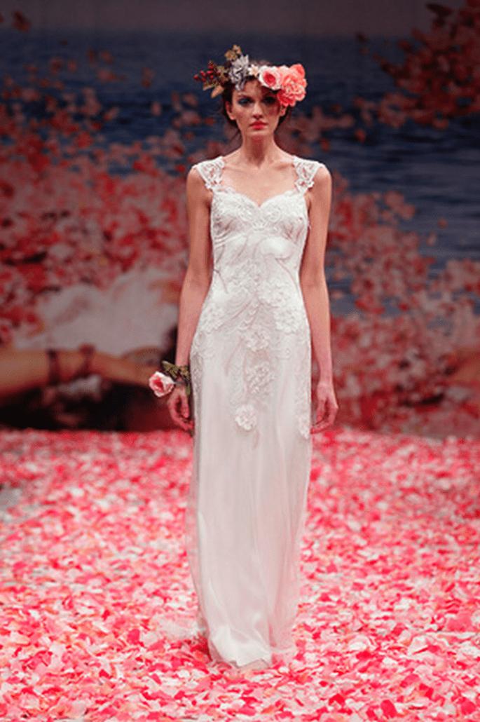 Vestidos de novia con escote en la espalda Claire Pettibone otoño 2013