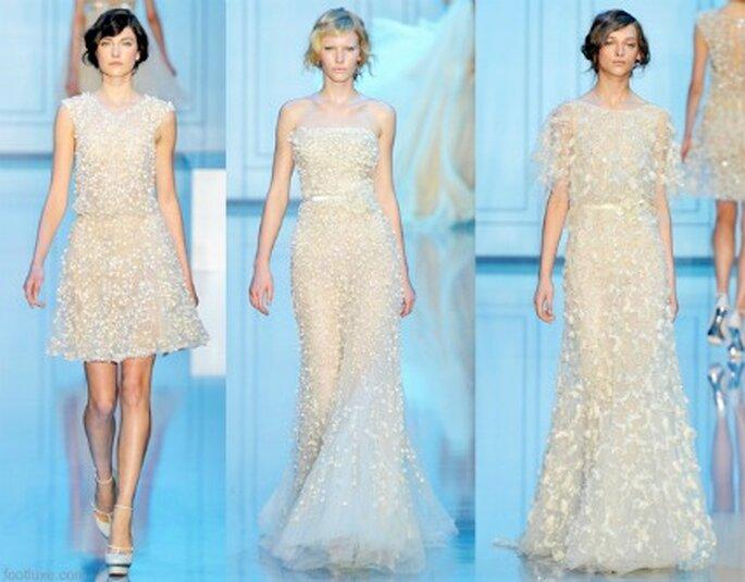 Già dalla Collezione Haute Couture 2011/12 di Elie Saab si possono notare le linee che contraddistinguono alcuni degli abiti disegnati dallo stilista per Pronovias. Foto: www.eliesaab.com