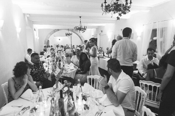 Banquet de mariage en intérieur
