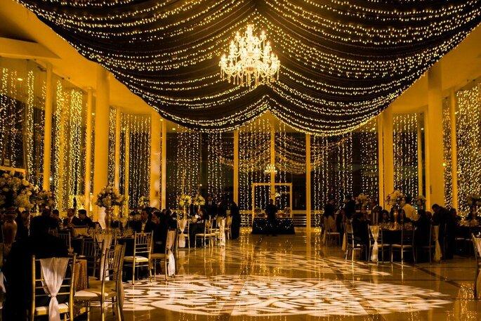 BODAS ELEGANTS & Eventos servicio de banquetería para bodas en Arquipa