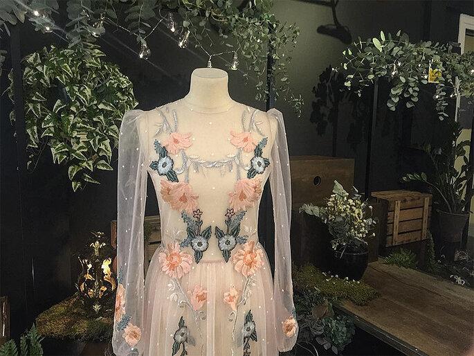 detalles rosa vestido novia